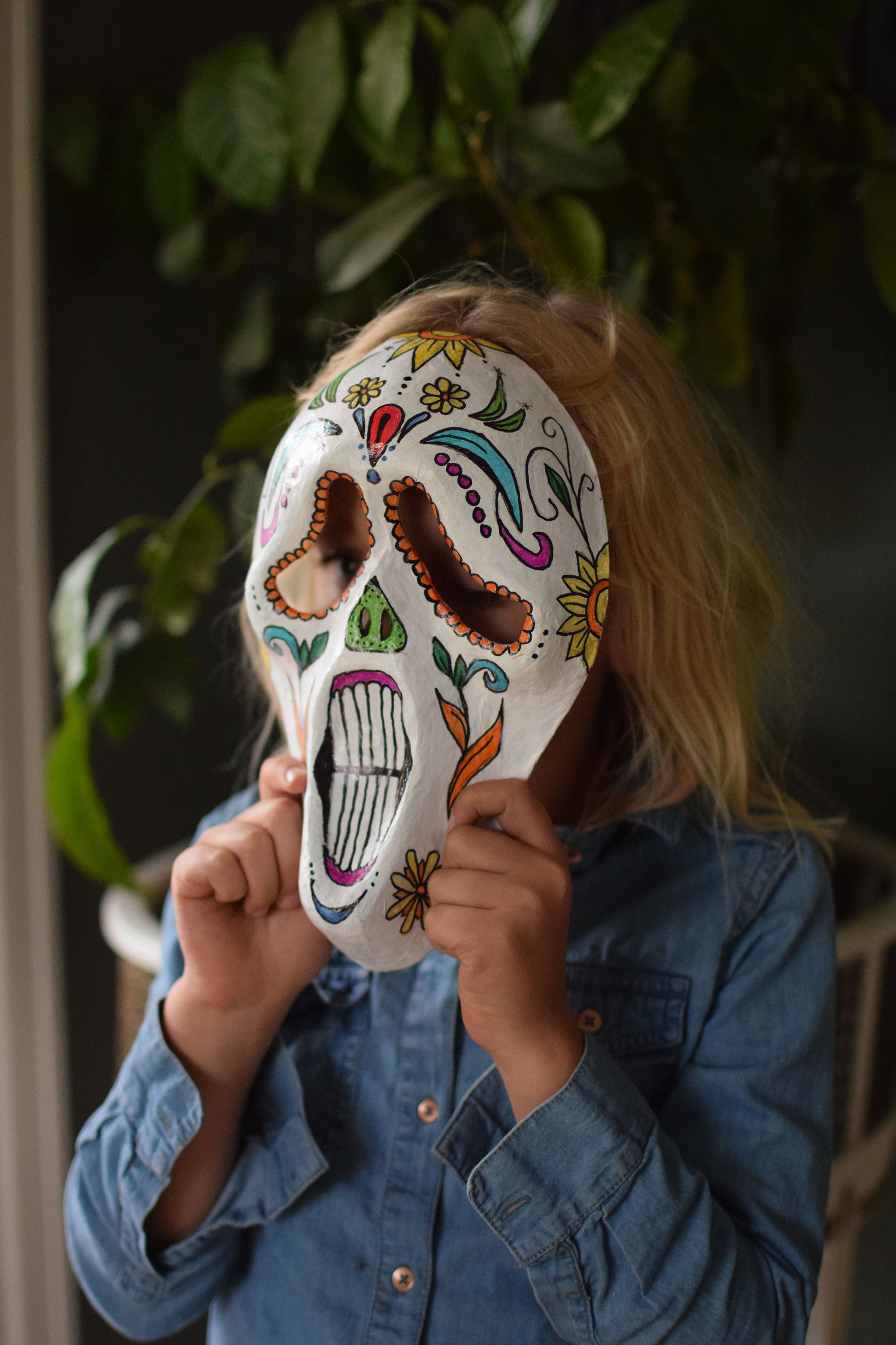 2 halloweenpyssel i 1: masken från Scream & mexikansk sugar skull